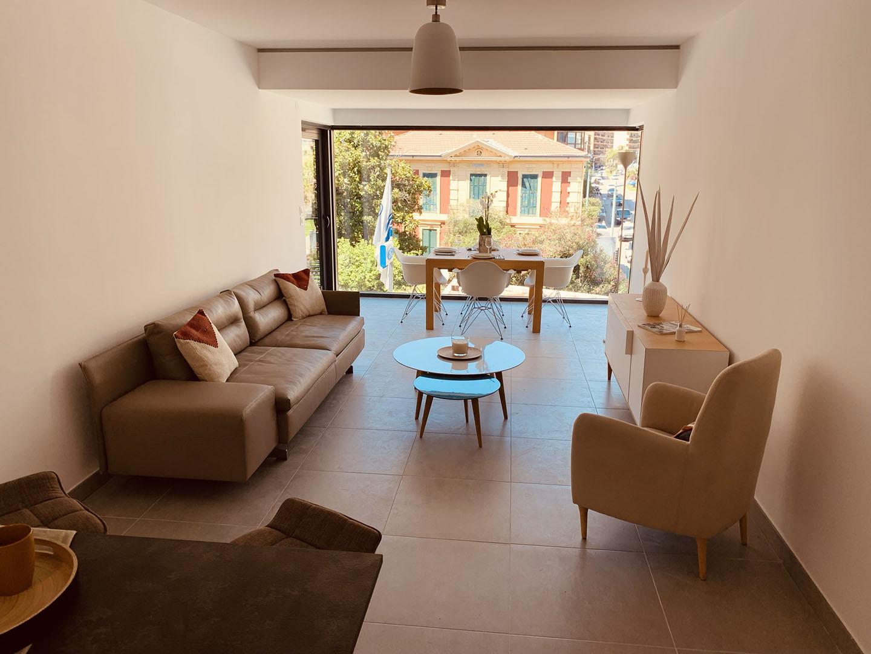 Show flat, living-room view, Cap Riviera, © Progereal